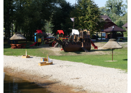 Strefa odpoczynku, relaksu i rekreacji nad rzeką Narewka